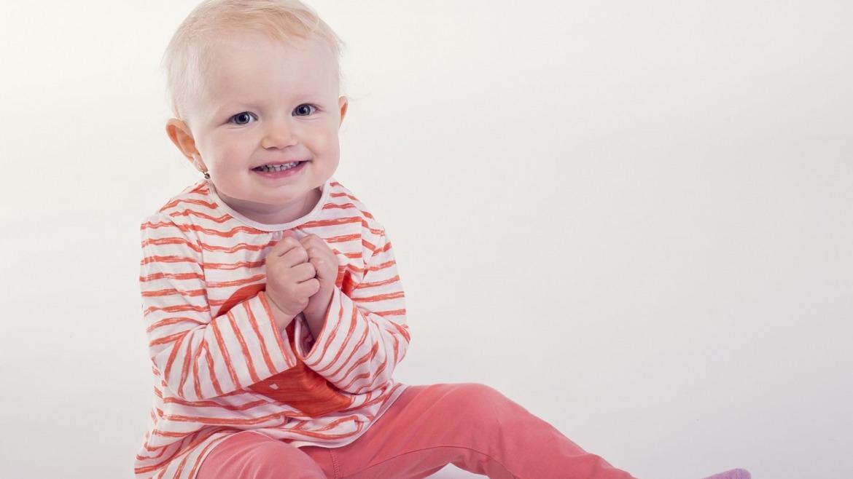 3 dôvody, prečo (ne)pomáhať bábätkám vo vývoji