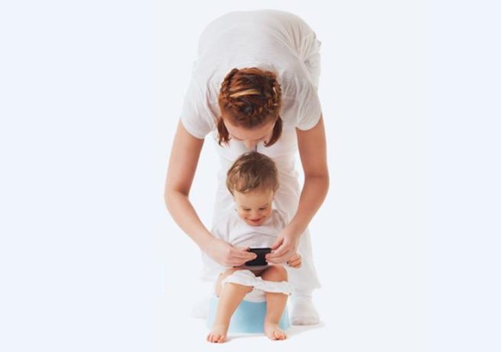 Ako naučiť dieťa na nočník a byť pritom rešpektujúcim rodičom